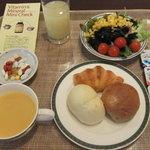 ル・タンブル - 2012/3 「ベストウェスタンホテル名古屋」宿泊の朝食ブッフェは「ル・タンブル」にて