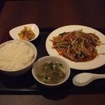 12660259 - ニラレバ定食(500円)