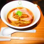 126602407 - フラッシュ使用 醤油らぁ麺 1100円(税込)【2020年3月】