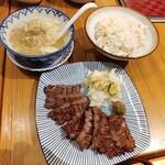 炭焼き牛たん 徳茂 - 牛タン定食