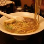 新川栄太郎 - 醤油ラーメン