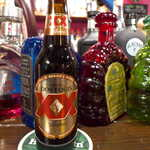 メキシカン・バー ソル・マリアッチ - ドスエキスラガー・アンバー(¥800)。暑い地方のビールとしては珍しく、甘さとコクを感じる一本