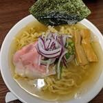 ラゥメン大地 - 濃厚煮干らぅめん塩700円