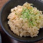 ラゥメン大地 - 貝の炊き込みご飯200円