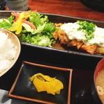 芋蔵 - チキン南蛮定食