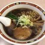 ラーメン まるいし - 料理写真:正油ラーメン 700円
