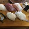いろは寿司 - 料理写真:上にぎりです