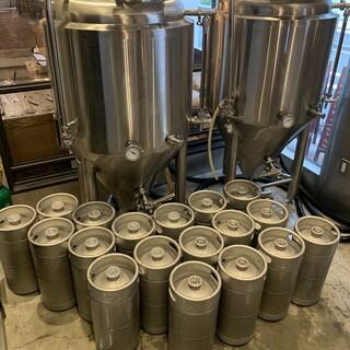 店内にブルワリー併設。お手頃に味わえるクラフトビールをぜひ!