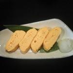 こうざん - 「濃厚鶏スープの玉子焼き」美人卵を使用した鶏スープ入りのだし巻き玉子です。