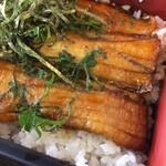 銀たちの郷 - 甘辛いタレで焼かれた太刀魚・・が、身が薄い^^;