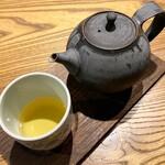 126654991 - 日本茶 香駿(温) 800円