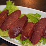 焼肉 紫雲 - 料理写真:国産牛上レバー