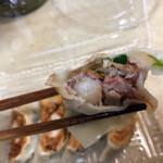 大和名物大餃子の店 サイヨー - 具がゴロゴロしてて、ほんと美味しいんだよ。