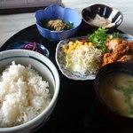喫茶ロビー - 料理写真:日替わり定食600円