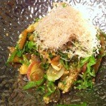 海旬 まぐろ市 - 皮ポン酢の香味野菜350円
