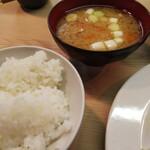 126681060 - 飯&豚汁