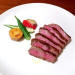 Karushifazuguriruaratosukana - 特選山形牛A5ランプ肉の炭火焼き(+300円)