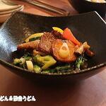 中国料理 成蹊 - 牛肉と春菊の黒胡椒炒め