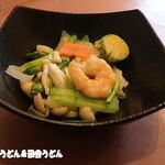 中国料理 成蹊 - プリプリ海老と春野菜のあっさり塩炒め