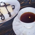 マンマカフェ ブレーメン - ◇紅茶◆手作りスイーツ ◇ふわふわシフォンケーキ