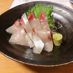 江戸っ子 - 料理写真:しまあじ刺