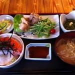 海王 - ランチ(海鮮丼)