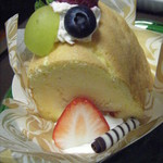 夢菓子工房 トック・ドール - シークワーサーのケーキ。