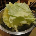 12671881 - 食べ放題のキャベツ
