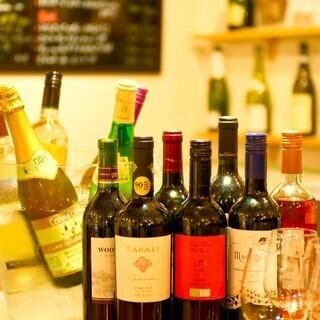 イタリアワインをメインに世界各地のワインを各種ご用意