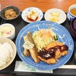 カフェレスト花泉 - 料理写真: