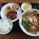 中華そば まるや - 生醬油ラーメン・日替わり定食