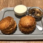 チャバティ - 紅茶とスコーンセット