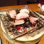 鉄板鶏舎tori to tamago - 白子、トサカ 白子がシルキーで美味しい。