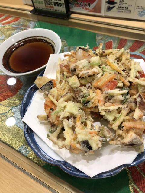 すしと天ぷら とろ一 - おたのしみかき揚げ780円。野菜たっぷりのかき揚げです。さっくりとシットリが同居して、海老のプリプリもあり、とても美味しくいただきました(╹◡╹)