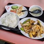 126747886 - ランチ『豚肉と長葱玉子炒め定食』 700円