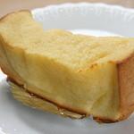 パン工房 キムラヤ - プーさんのフレンチトースト 140円