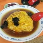 蓬莱飯店 - 麻婆天津飯