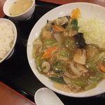 中国料理 龍花 - 八宝菜定食(650円)