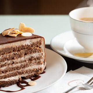 『自家製ケーキ』は選べる5種類◎ドリンクセット<550円>