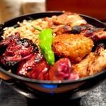 鳥与志 - 料理写真:ランチの焼鳥丼=1000円