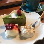 ハックベリー - 大和茶チョコのチーズケーキとコーヒー
