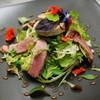 Chez Olivier - 料理写真:仏産仔鴨の燻製のサラダ、フォアグラのせ