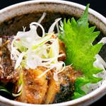 海鮮×寿司 魚衛門 - サバのぬか炊き