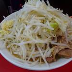 ラーメン ハイキック - 料理写真:ラーメン並(ヤサイ・ニンニク)