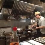 大岡山食堂 - なかがわつよしさん。イイシゴトしてます