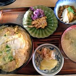 文尾食堂 - 料理写真:カツ丼800円