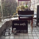 eau cafe -