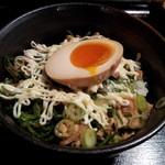 12682752 - チャーシュー丼(350円?)
