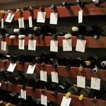 ラシェット M - ワインはセラーの中に入って自分で選べます。