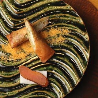 誰もが知る家庭料理に、職人の技と感性を加えて~創作日本料理~